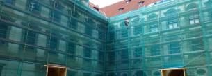 Rekonštrukcia fasády historickej budovy - fasádne lešenie